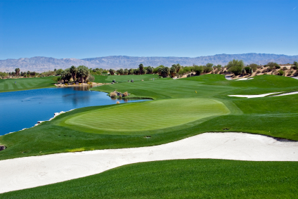beautiful mountain backdrops are part of what makes these course must-play golf courses in palm springs